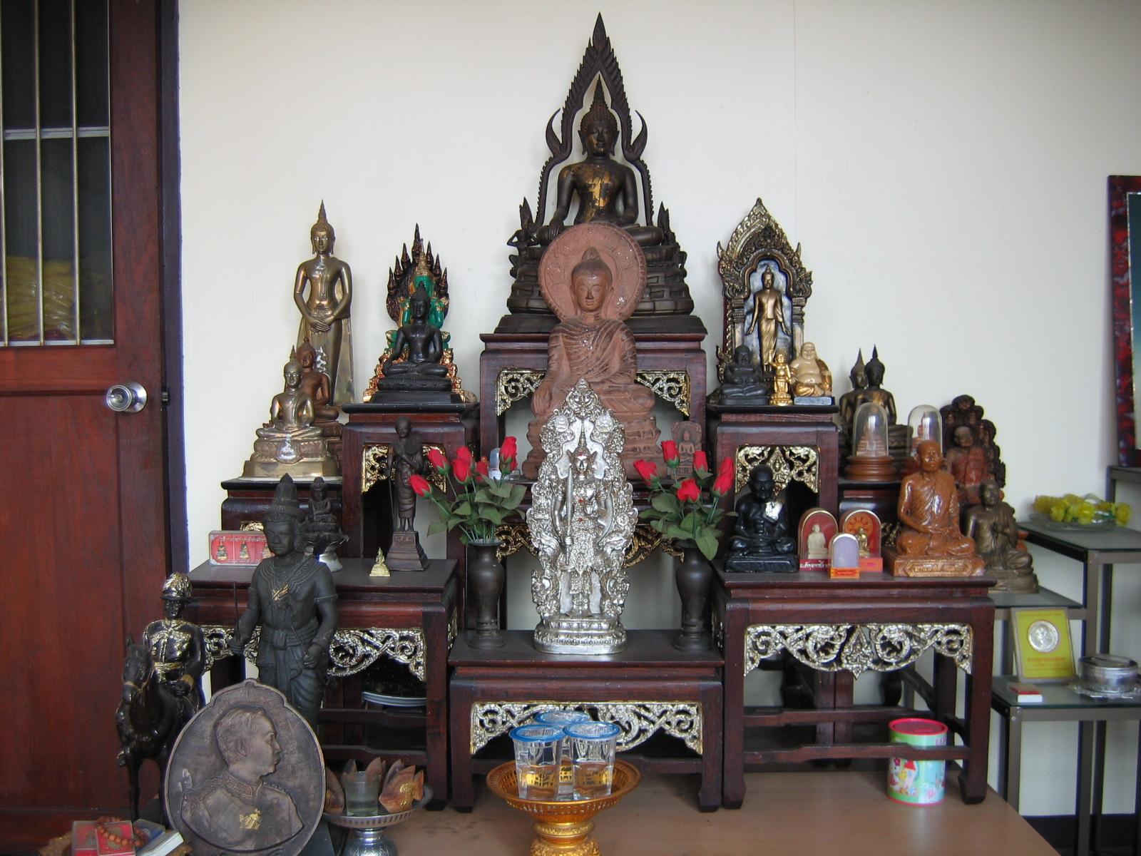 Thai Amulet Store Offer Rare Thai Amulets And Talismans
